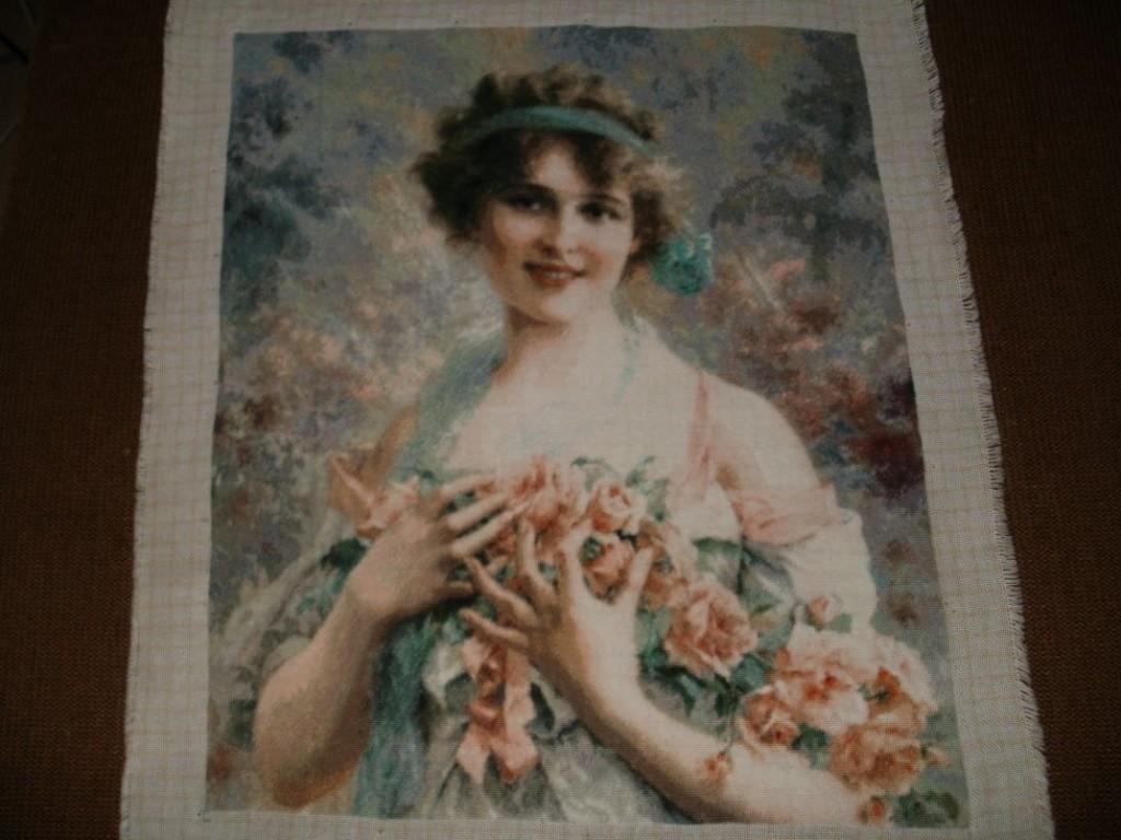 Goblen cusut - Fata cu Trandafiri