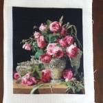 Goblen cusut – Trandafiri in vas de argint