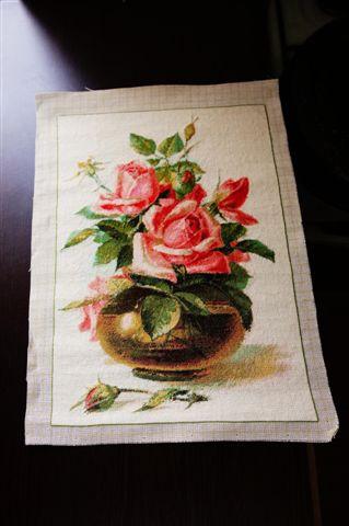 Vas cu Trandafiri – Goblen cusut